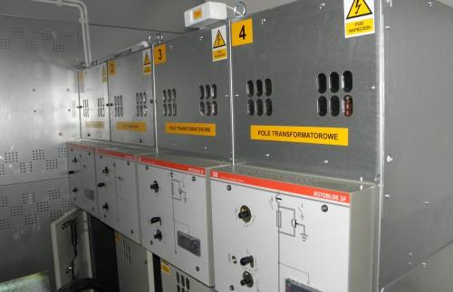 PORTA KMI w Ełku. Budowa linii niskiego i średniego napięcia oraz montaż stacji transformatorowej SN.